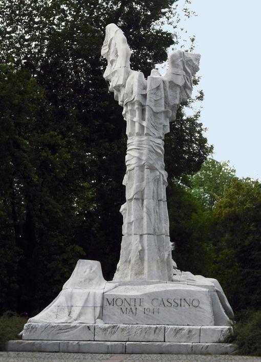 pomnik bitwy o monte cassino warszawa