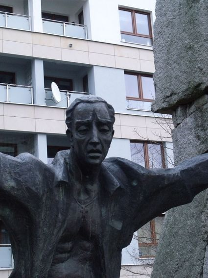 pomnik ofiar pragi_ 12