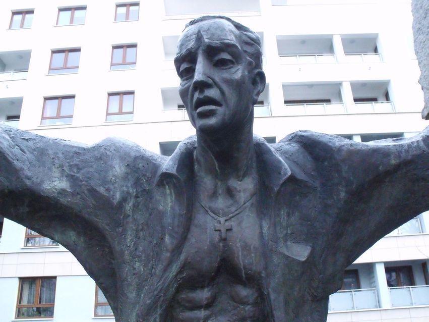 pomnik ofiar pragi_1
