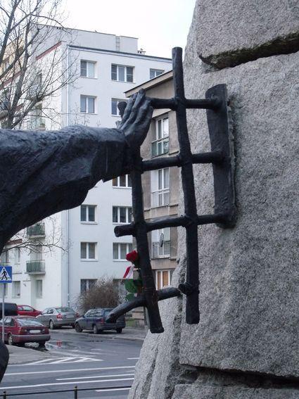 pomnik ofiar pragi_10