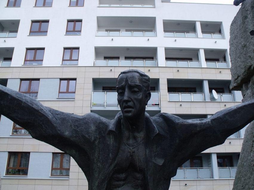 pomnik ofiar pragi_14