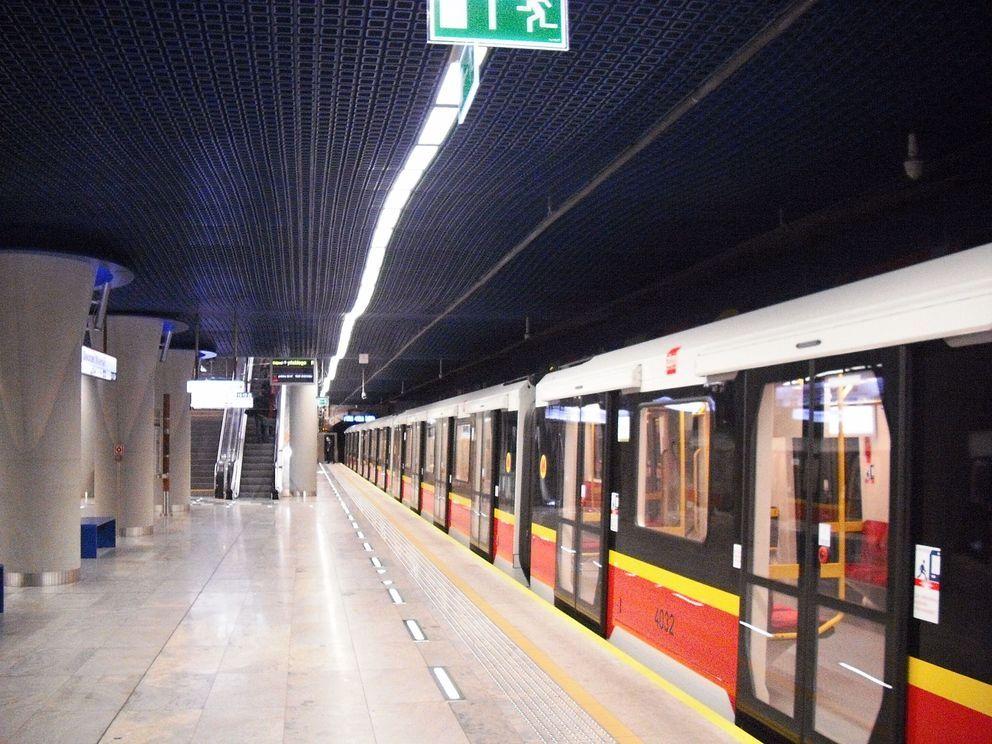 stacja metra 1