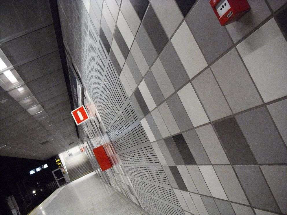 stacja metra 4