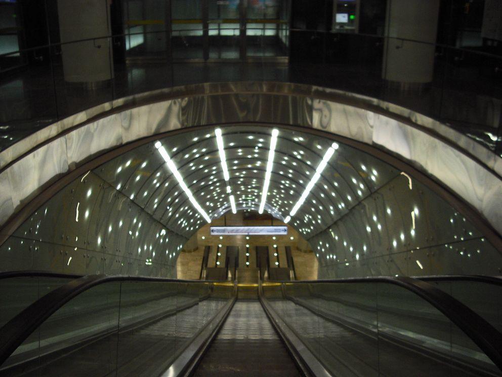 stacja metra 6