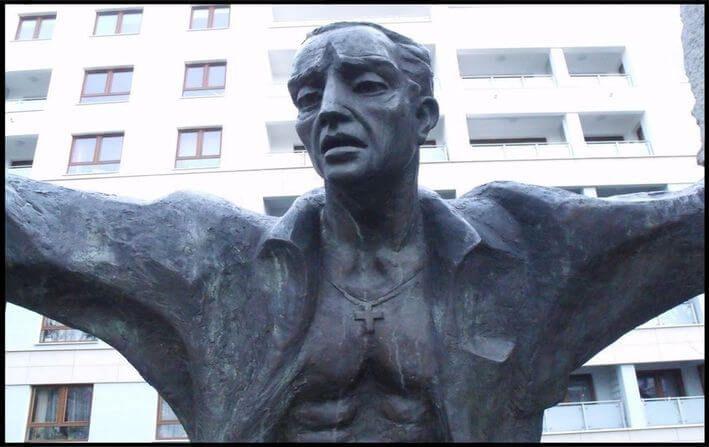 Pomnik Ku Czci Pomordowanych w Praskich Więzieniach