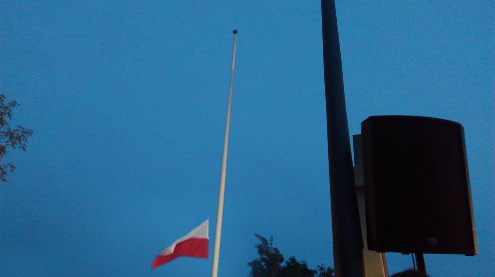 Zgaszenie Ognia Pamięci na Kopcu Powstania Warszawskiego