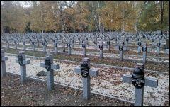 Powązki – Groby osób zasłużonych dla Warszawy