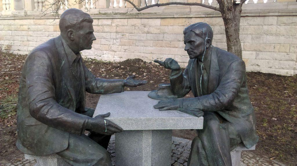 Pomnik Henryka Sławika i Józsefa Antalla Dolina Szwajcarska