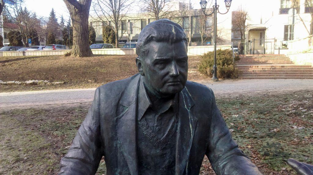 Pomnik Henryka Sławika i Józsefa Antalla