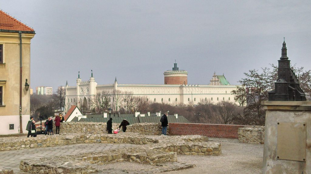 Plac po Farze Lublin