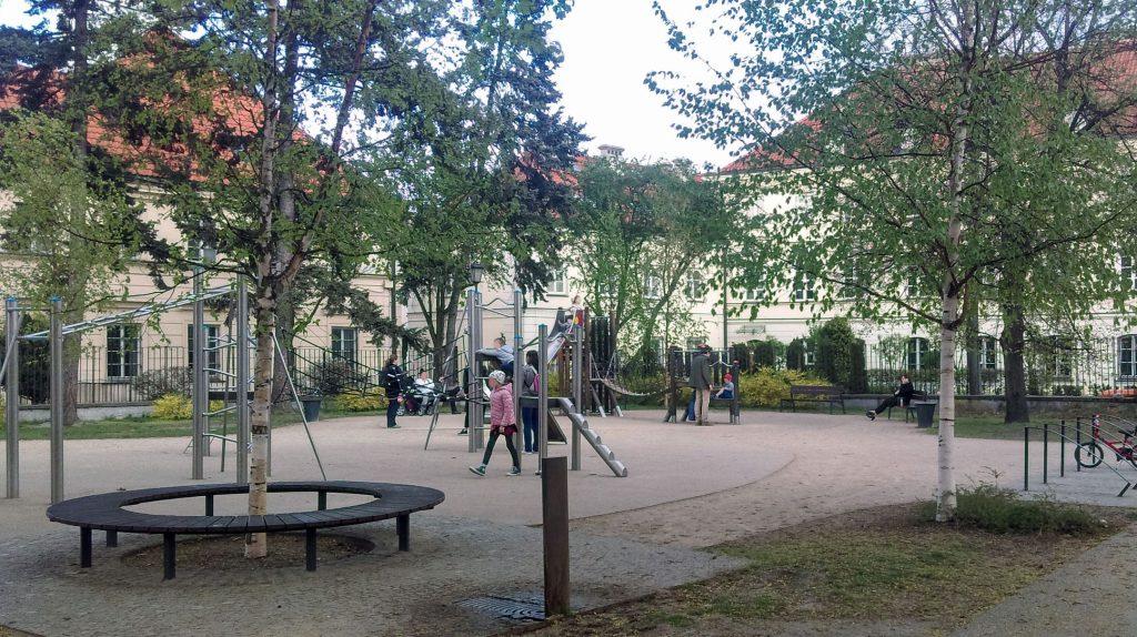 Ogród Krasińskich Plac zabaw